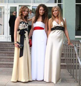 Что одеть на выпускной девушке